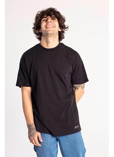 XHAN Yavruağzı Yakası Kalın Ribanalı Oversize T-Shirt  Siyah